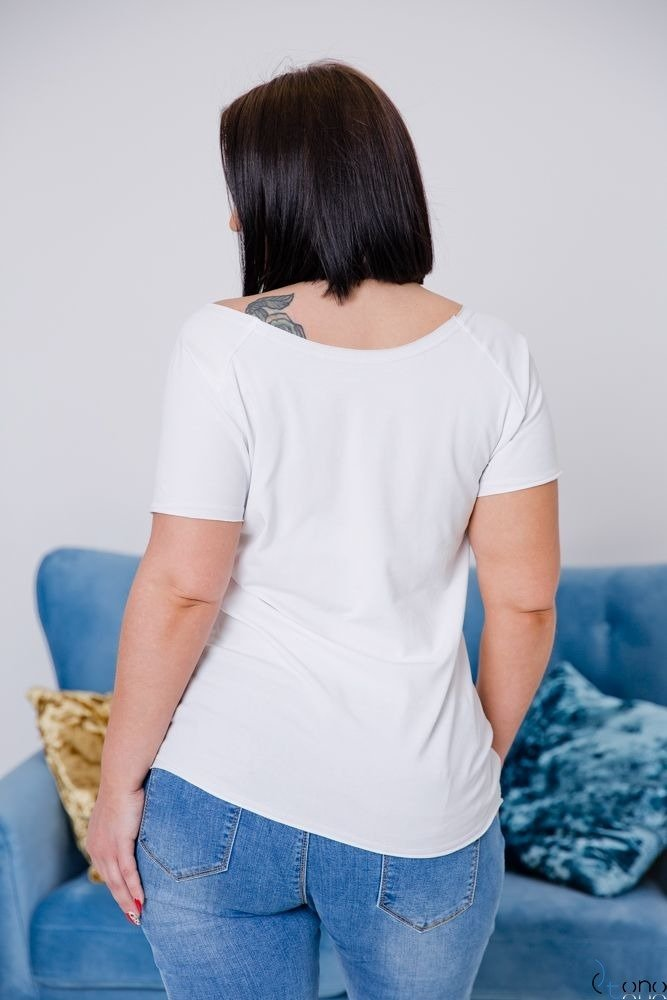 Biała Bluzka LOVE IS LOVE Plus size T-Shirt
