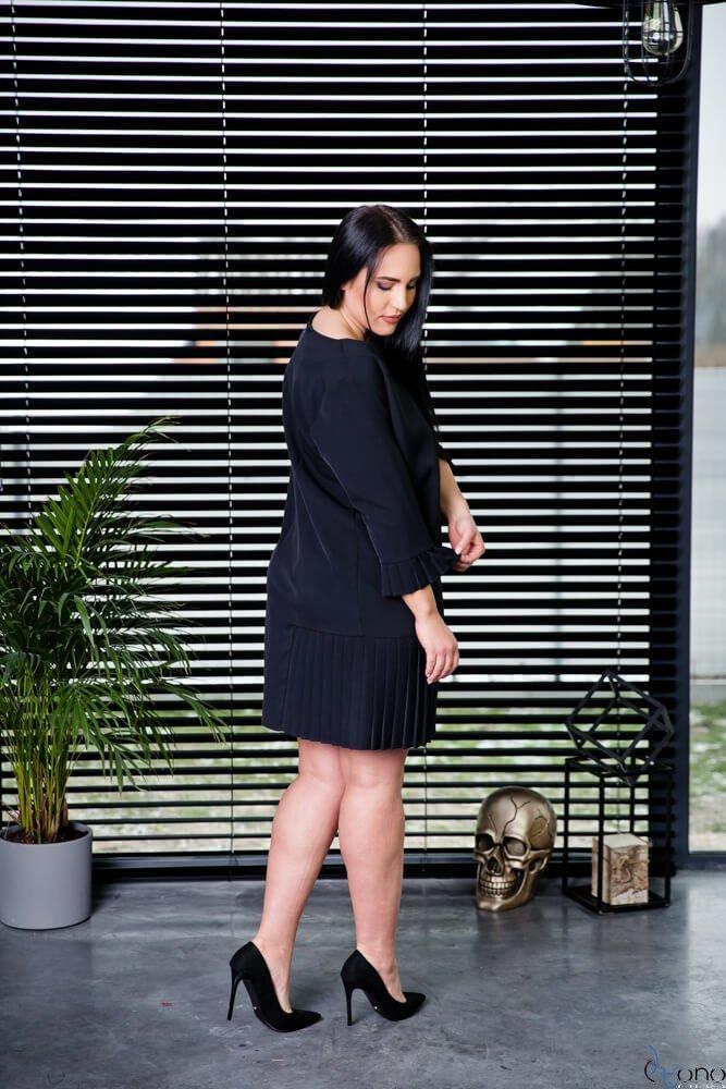 Czarna Sukienka CANES Plus Size