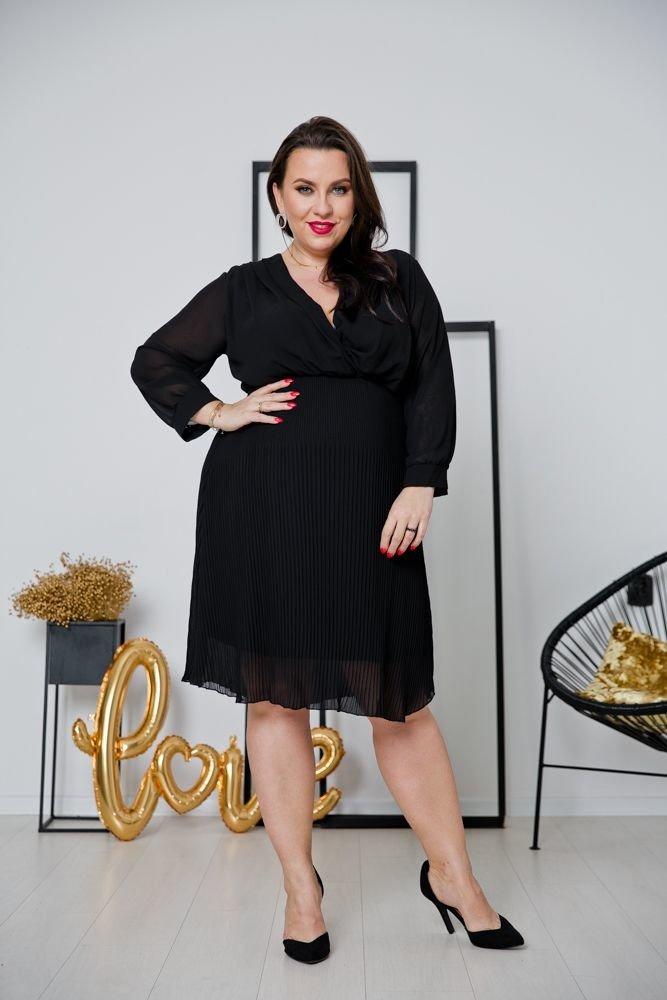 Czarna Sukienka ESTIVA Plus Size