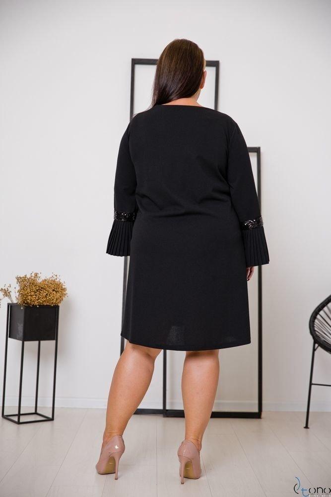 Czarna Sukienka NEGRI Plus Size
