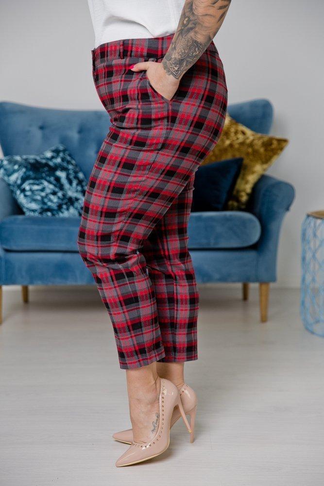 Czerwono-czarne Spodnie SKARA Plus Size