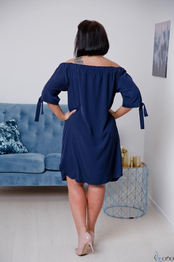 Granatowa Sukienka ESMARA Plus Size Haftowana