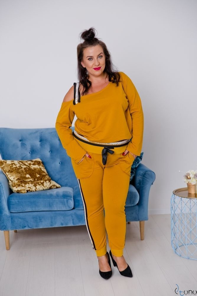 Żółty DRES MOTTIVA Plus Size