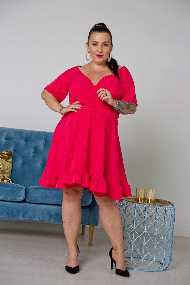 Amarantowa Sukienka MADA Plus Size