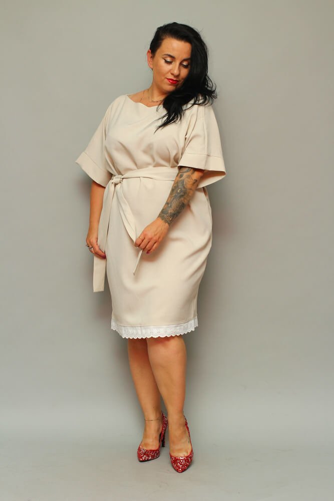 Beżowa Sukienka ATYLIA Plus Size Koronka