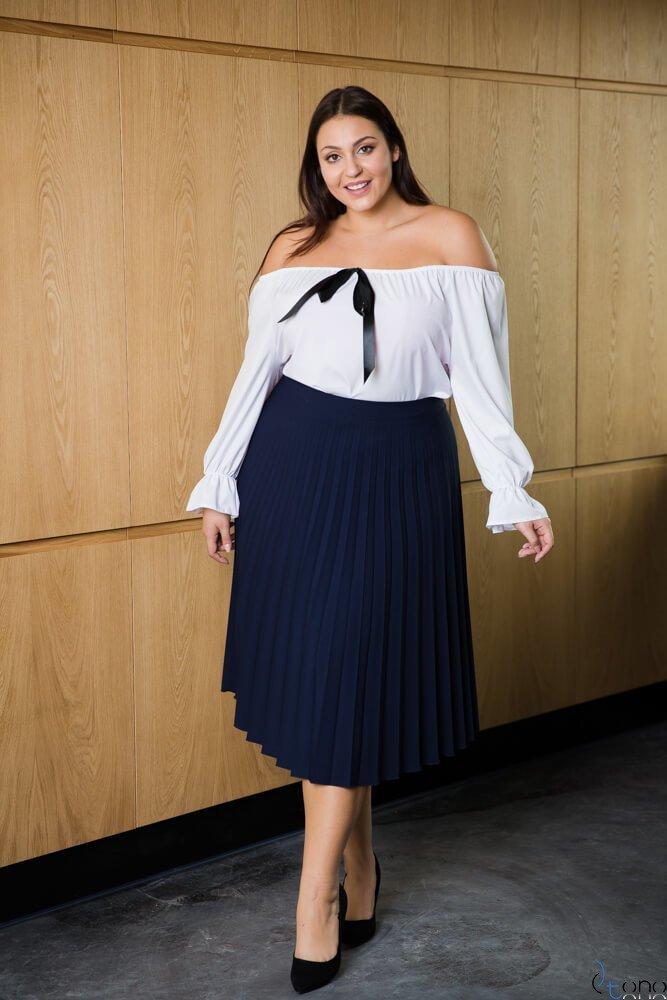 Biała bluzka damska KARBATA Plus Size
