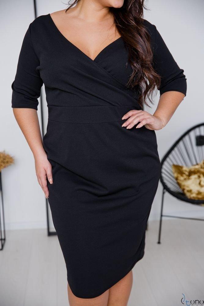 Czarna Sukienka GASPAR Plus Size