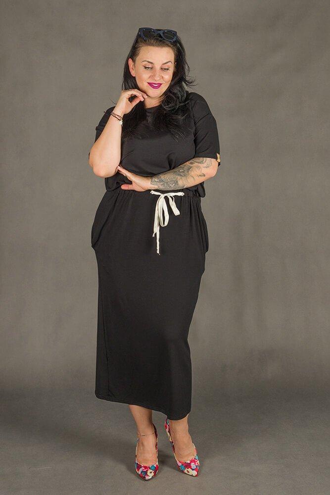 Czarna Sukienka Maxi MORANDI Plus Size