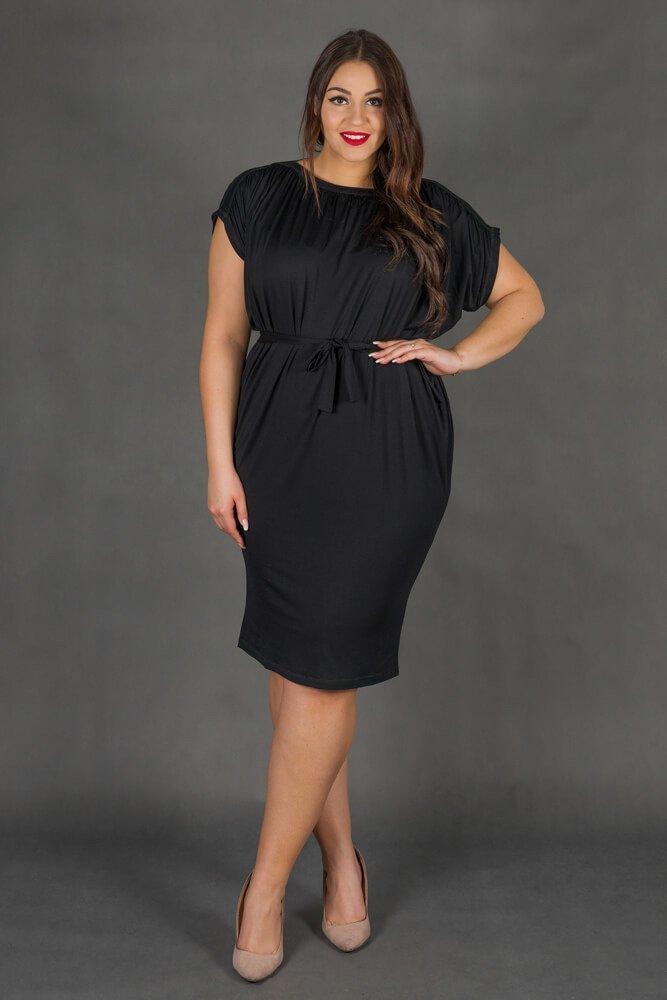 Czarna Sukienka SEMPRE Plus Size Drapowana