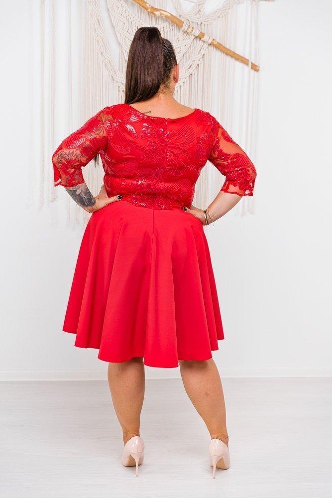 Czerwona Sukienka SILLA Plus Size
