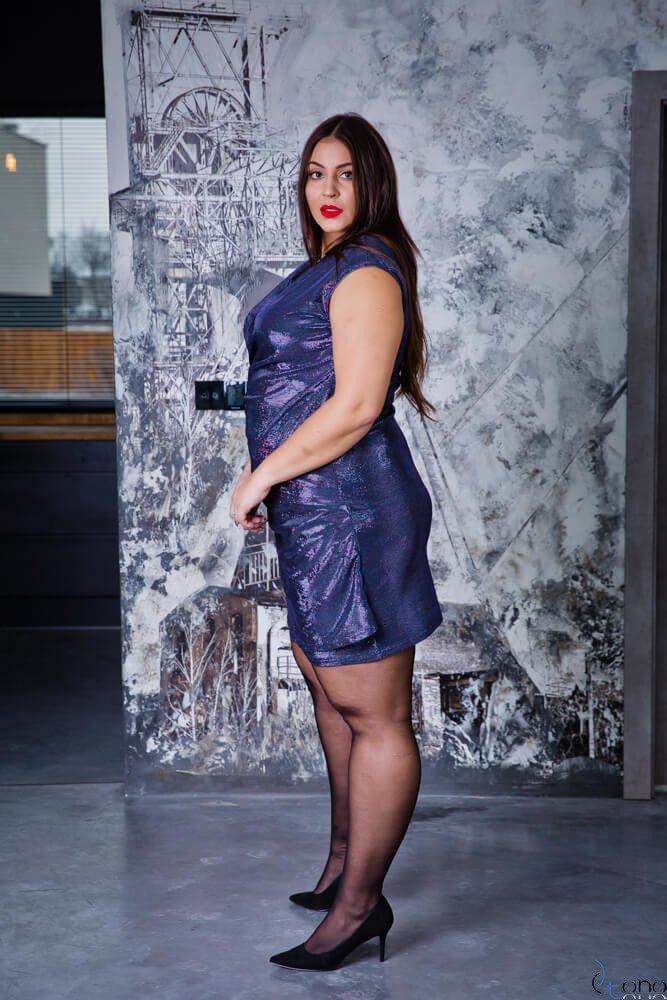 Granatowa Sukienka VENGA Plus Size