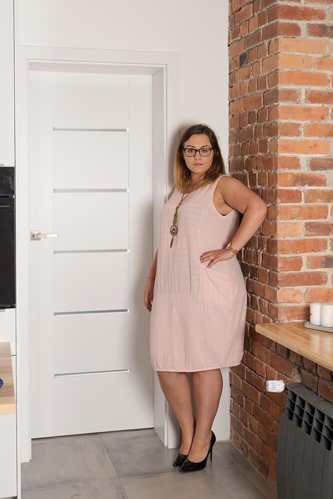 Różowa Sukienka SANTANA Bombka Plus Size