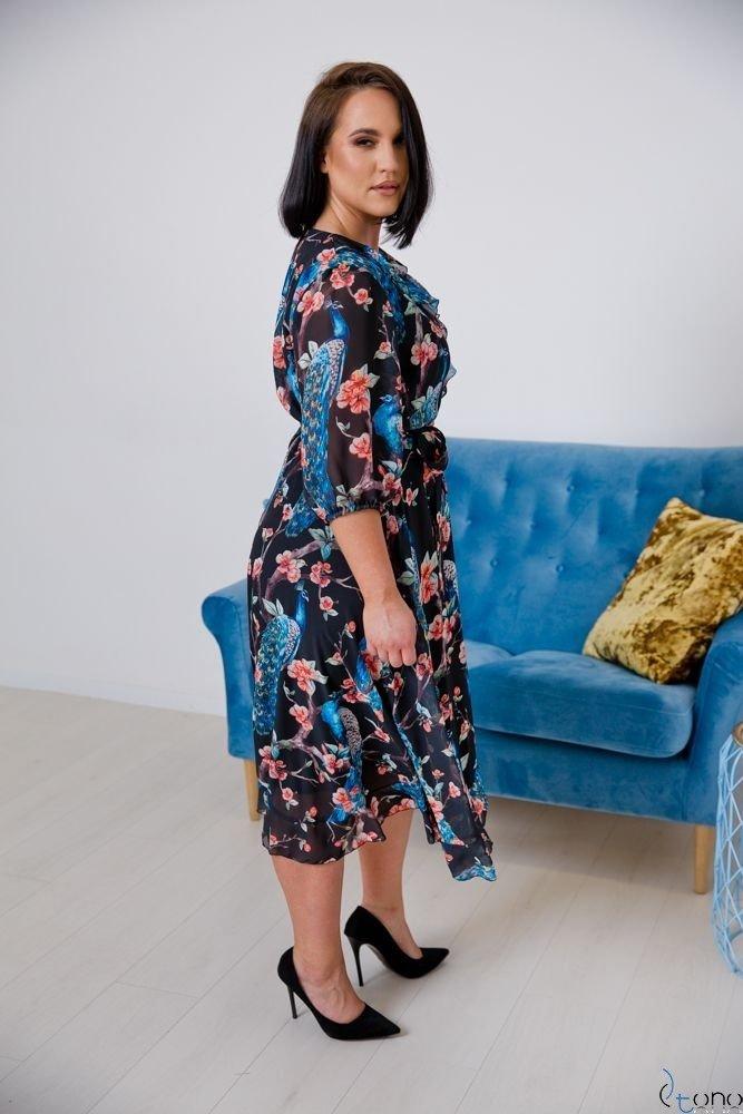 Sukienka AURISS Plus Size Wzór 5