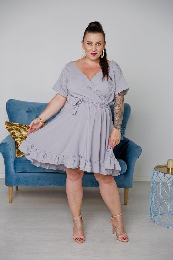 Szara Sukienka MADA Plus Size