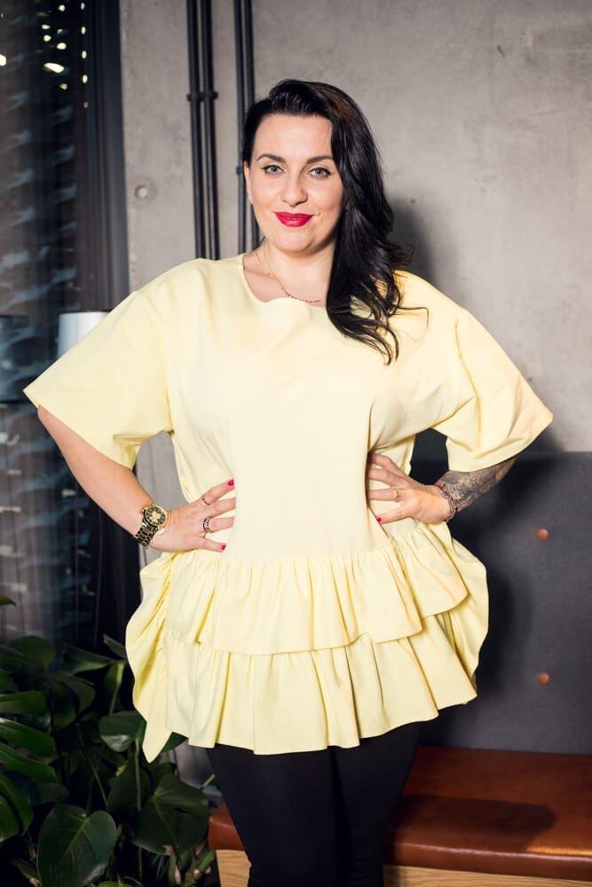 Żółta bluzka damska ONDA falbany Plus Size